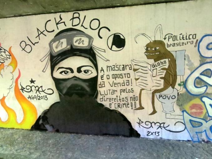 """Image: Graffiti in Brazil for the """"Black Bloc"""" protest movement"""