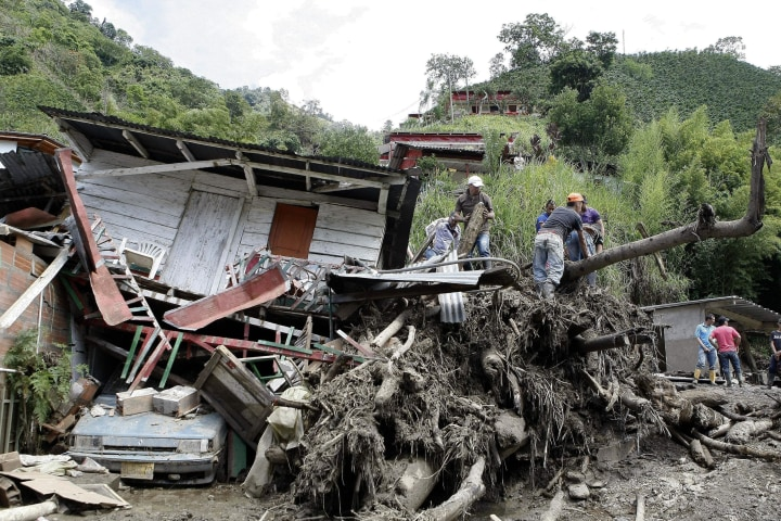 Image: At least 48 people died after landslide in Colombia