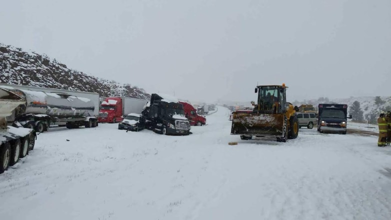 April Blizzard Causes 70 Vehicle Pile Up On Wyoming
