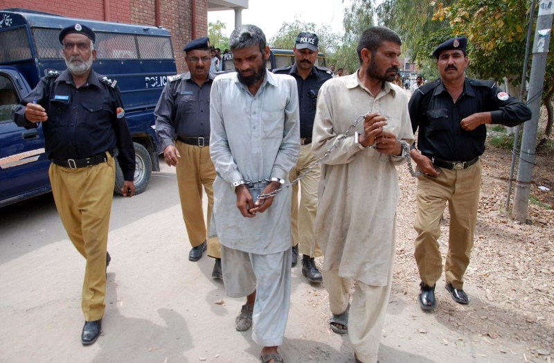 Image: Cannibalism suspects arrested in Pakistan