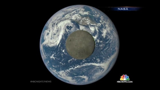 Holiday Treat: Rare Christmas Full Moon Will Be First Since 1977