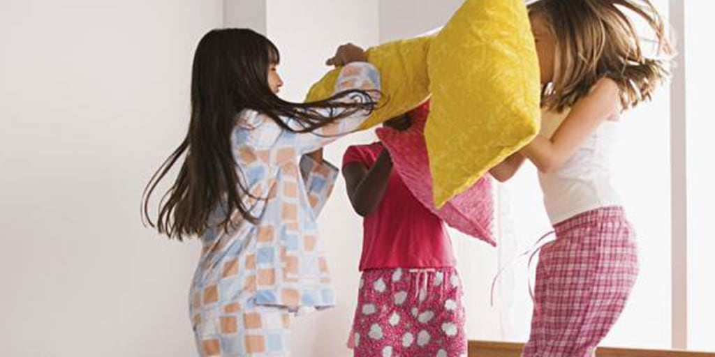 Sleepover games for kids: MASH, telephone and more!