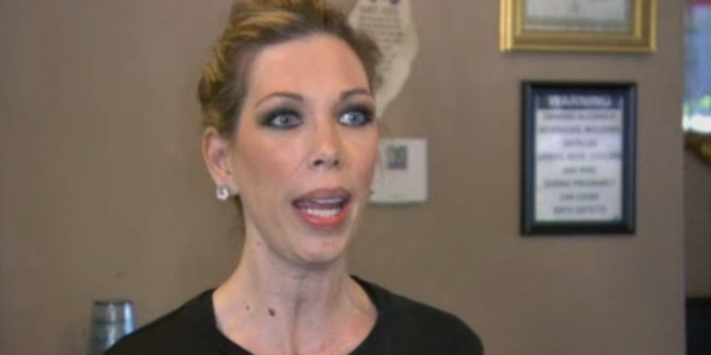 Kitchen Nightmares Turned Amy S Baking Co Into Disneyland For The Crazies Owner Says