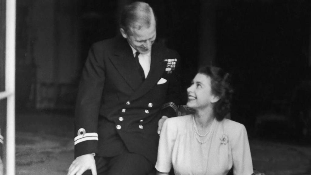 El príncipe Felipe y la reina Isabel: una historia de amor de 70 años