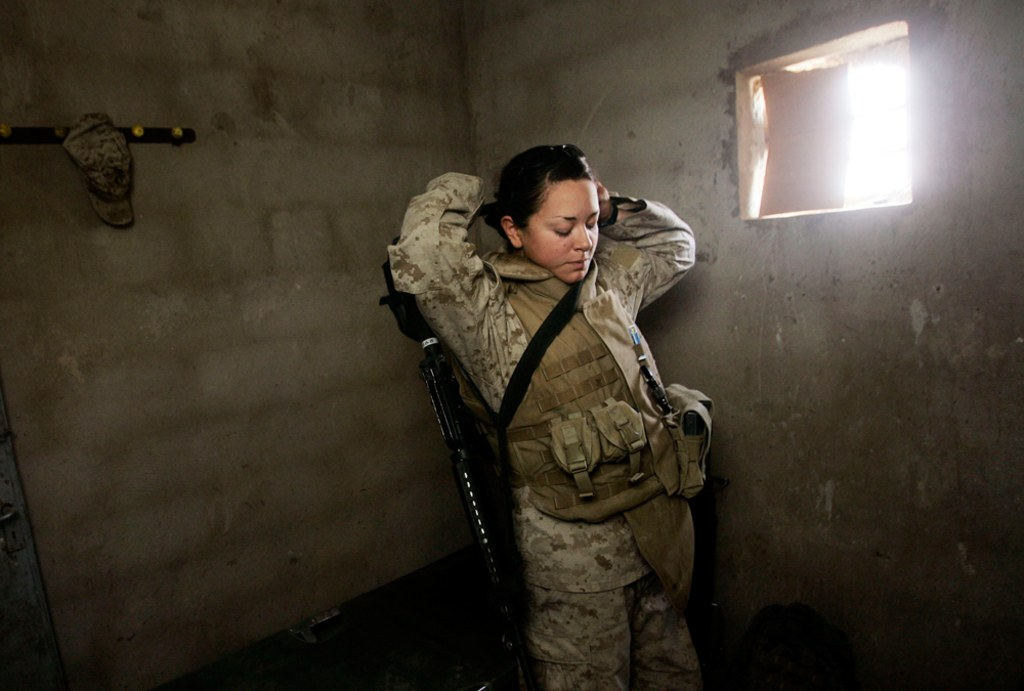 Female marines 💣 us How it