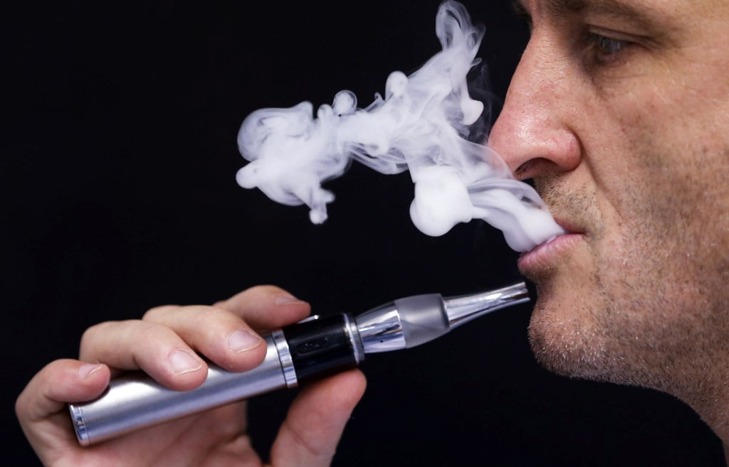 Teens inhale cancer-causing chemicals in e-cigarettes
