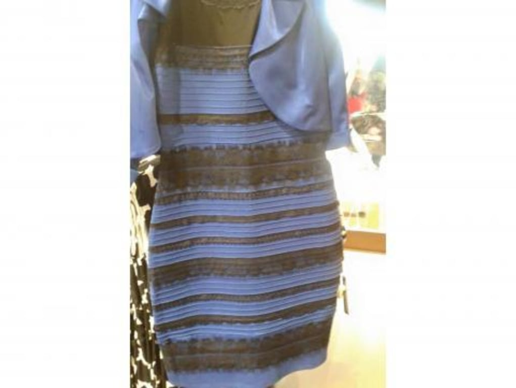 0e4a9c85301b The dress is blue. Here s why