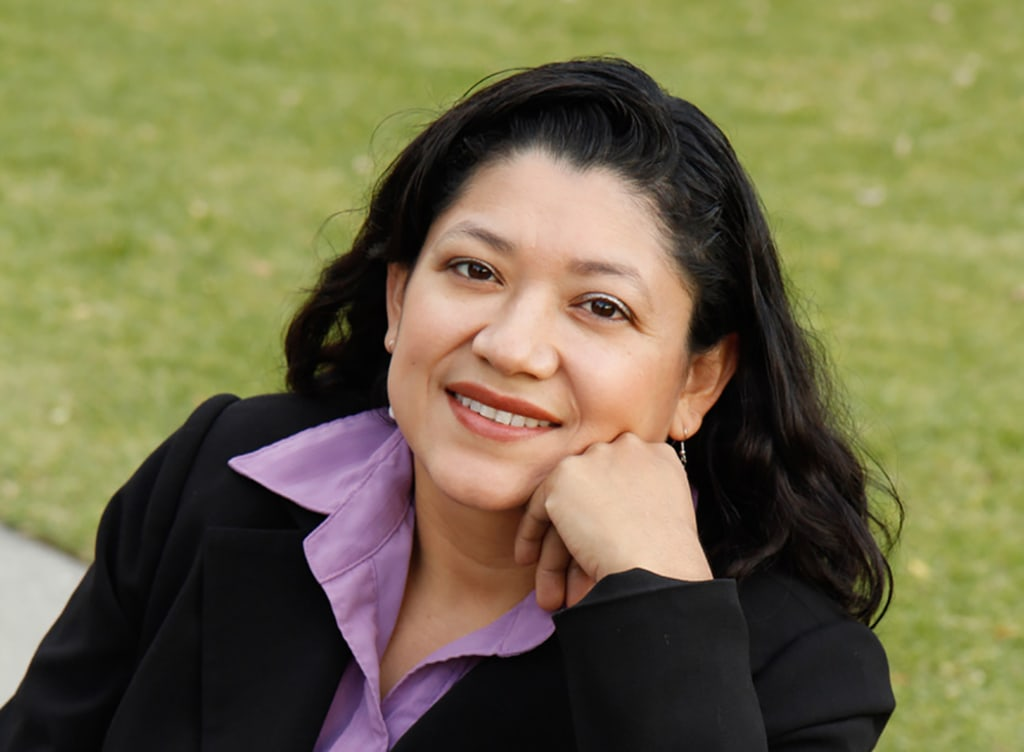 In A Dream Called Home Author Reyna Grande Chronicles Her Path To