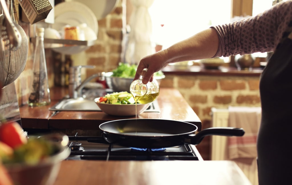 The best oils to use for cooking, according to nutritionists