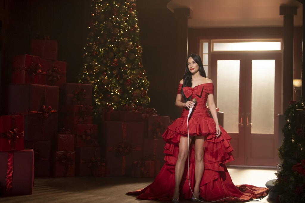 Kacey Musgraves Takes Christmas Special To Amazon Prime