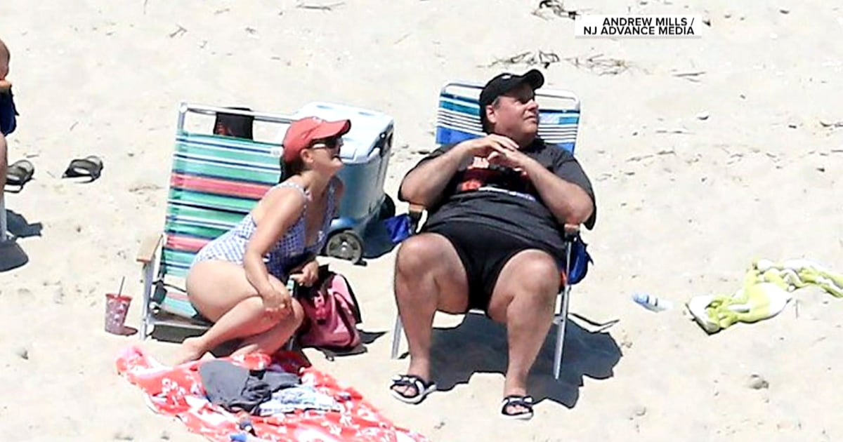 Chris Christie visits beach as public turned away amid ...