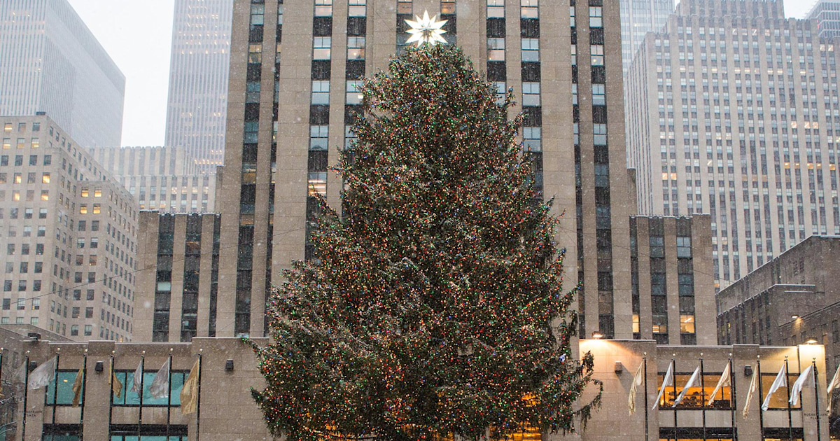 See The Story Behind This Year's Rockefeller Center