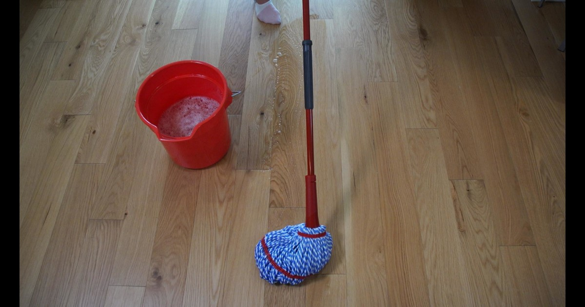 This Is The Best Way To Clean Wood Floors