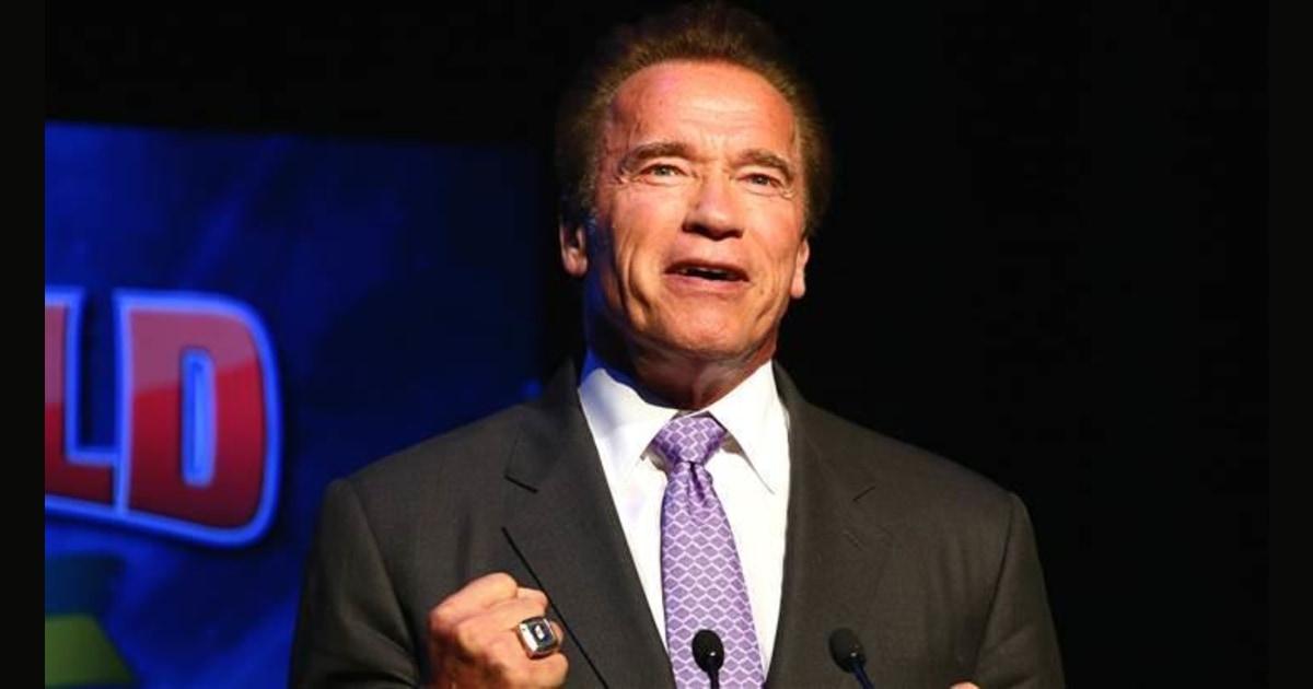 Arnold Schwarzenegger Gives Advice To Struggling Gym Goer On