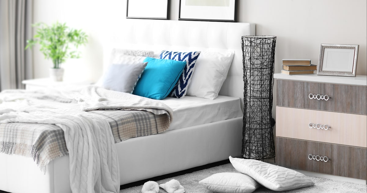 how to declutter and organize the bedroom