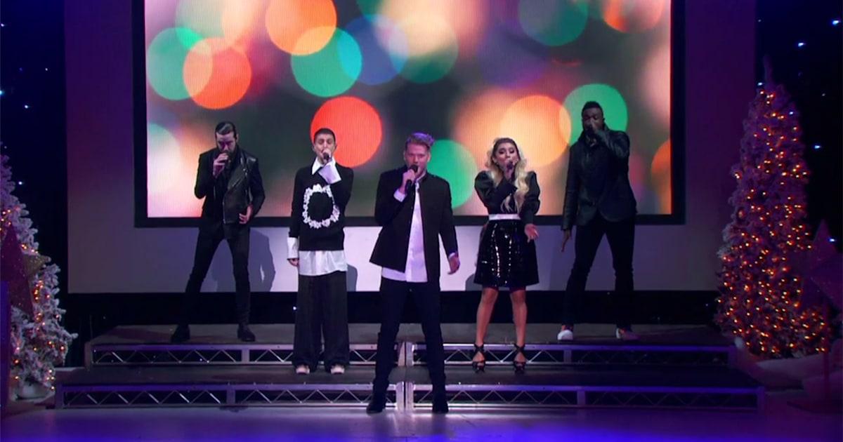 Pentatonix Christmas Special.Pentatonix Christmas Preview See Group Perform Joy To The