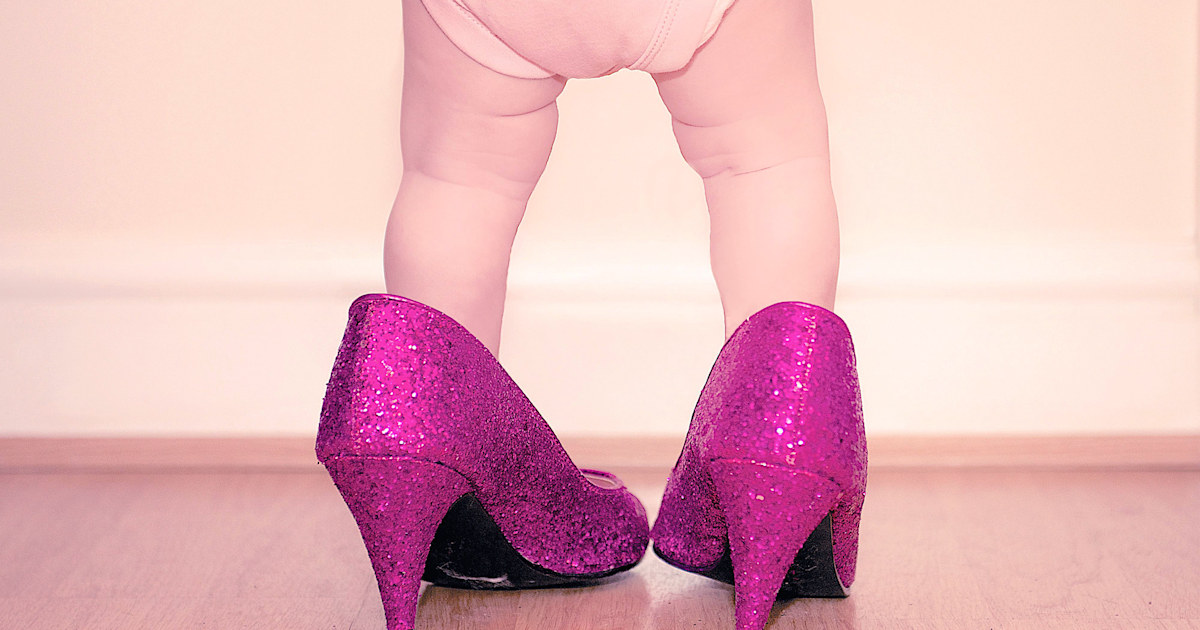 Babies Furious For Pumps People Wee And Sells Pee Heels Are xrCsQthdBo