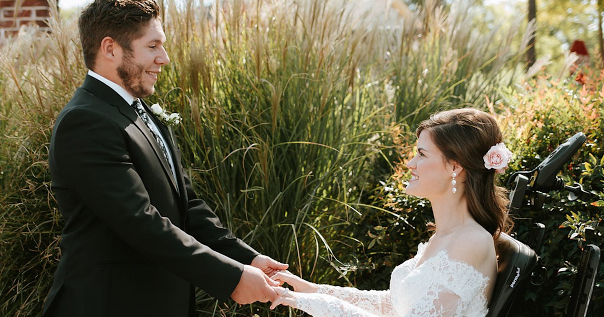 Childhood sweethearts wed after car accident leaves bride a quadriplegic