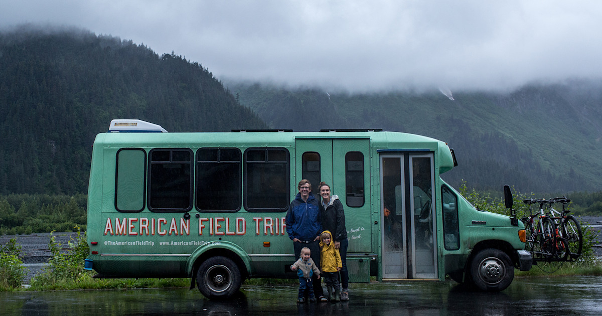 This family of 4 is living on a shuttle bus — and we're kind of jealous