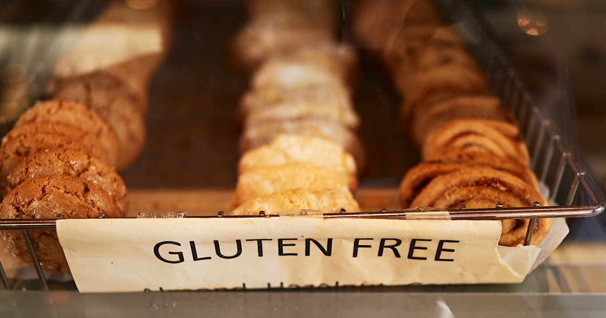 Boy with gluten allergy sues after restaurant refuses to let him eat own food