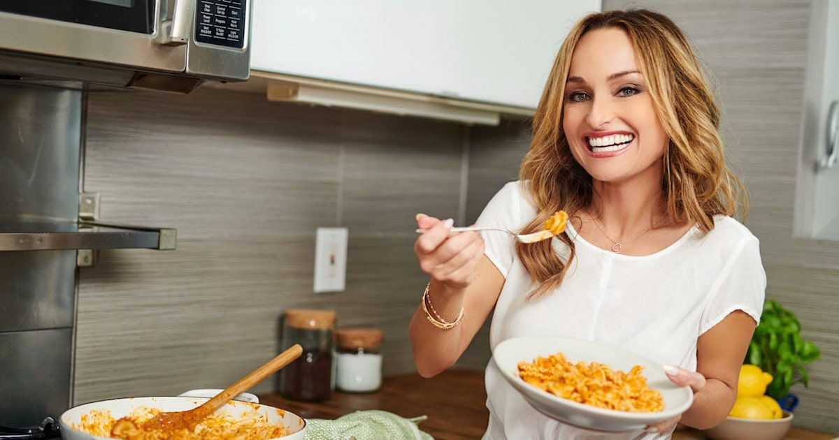 Whip up a classic Italian dinner with Giada's 1-pan chicken and an easy lasagna