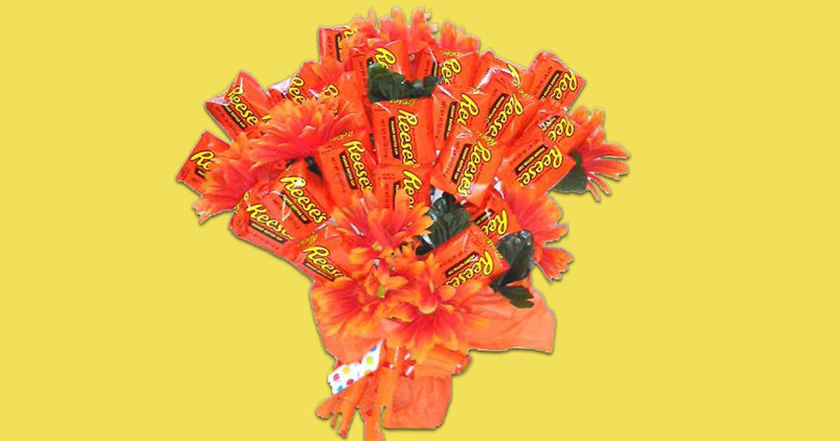 Forget roses, get us this Reese's bouquet for Valentine's Day