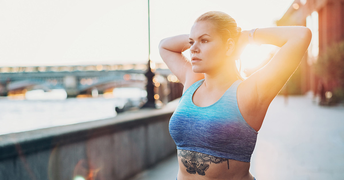 These are the best plus-size sports bras, according to a bra fitting expert