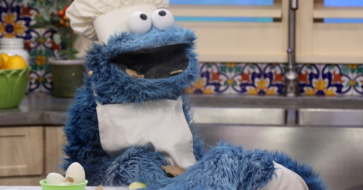 Cookie Monster's hilarious Reddit chat; reveals surprising facts