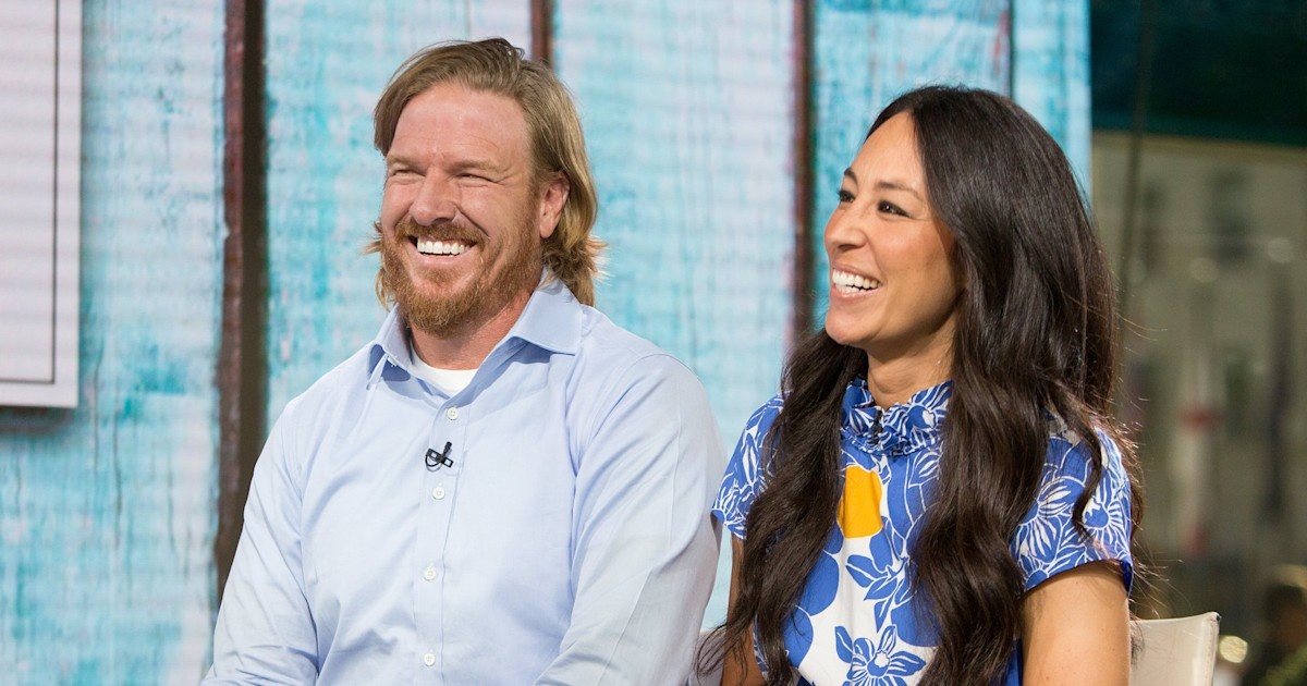 Chip and Joanna Gaines plan to fix up your mornings with a new coffee shop
