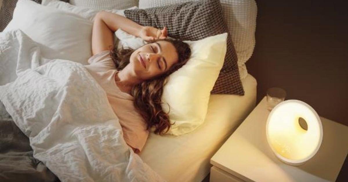 This sleep lamp is the key to getting through a daylight saving slump