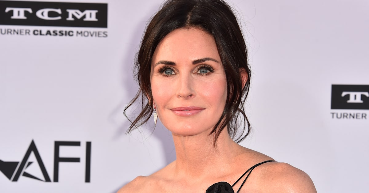Courteney Cox opens up about fertility struggles: 'I had a lot of miscarriages'
