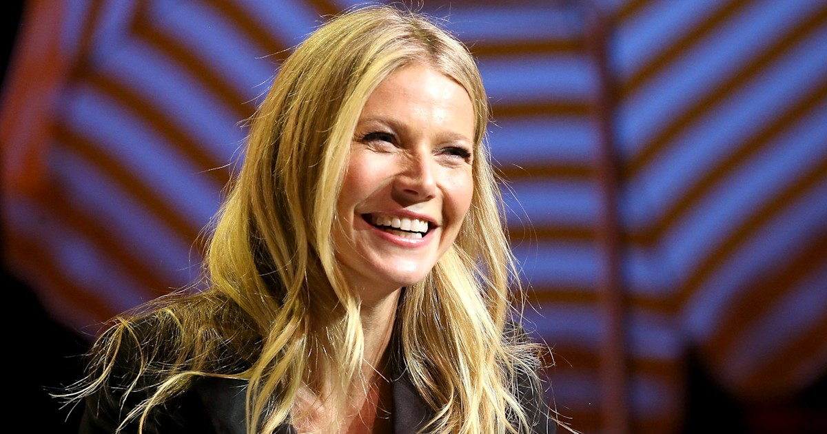 Gwyneth Paltrow posts a photo with daughter Apple, and Apple is not happy about it