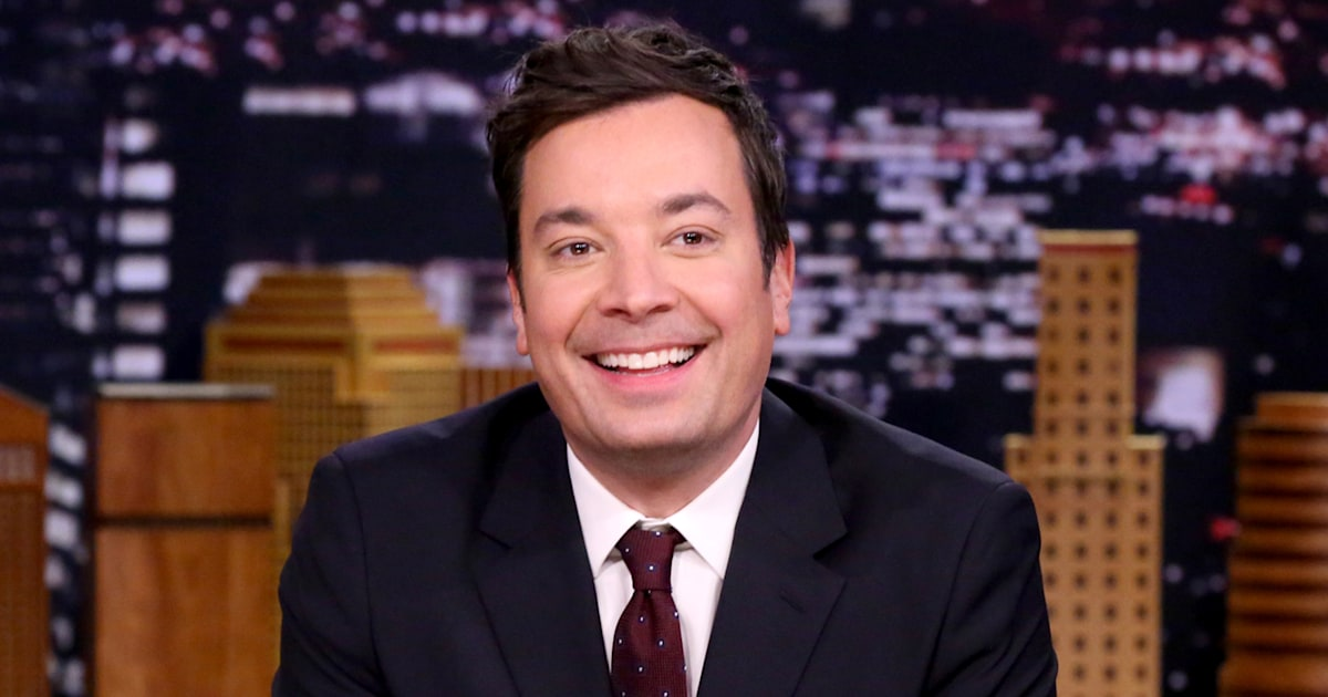 Jimmy Fallon shares sweet family vacation photo with 2 daughters