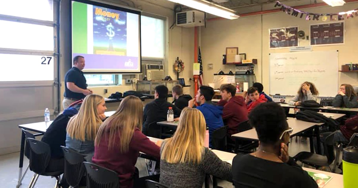 'Adulting' class at Kentucky high school teaches crucial life skills
