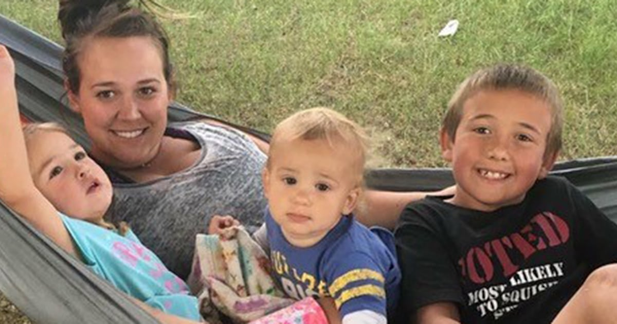 Woman names newborn daughters after sons who died in car crash