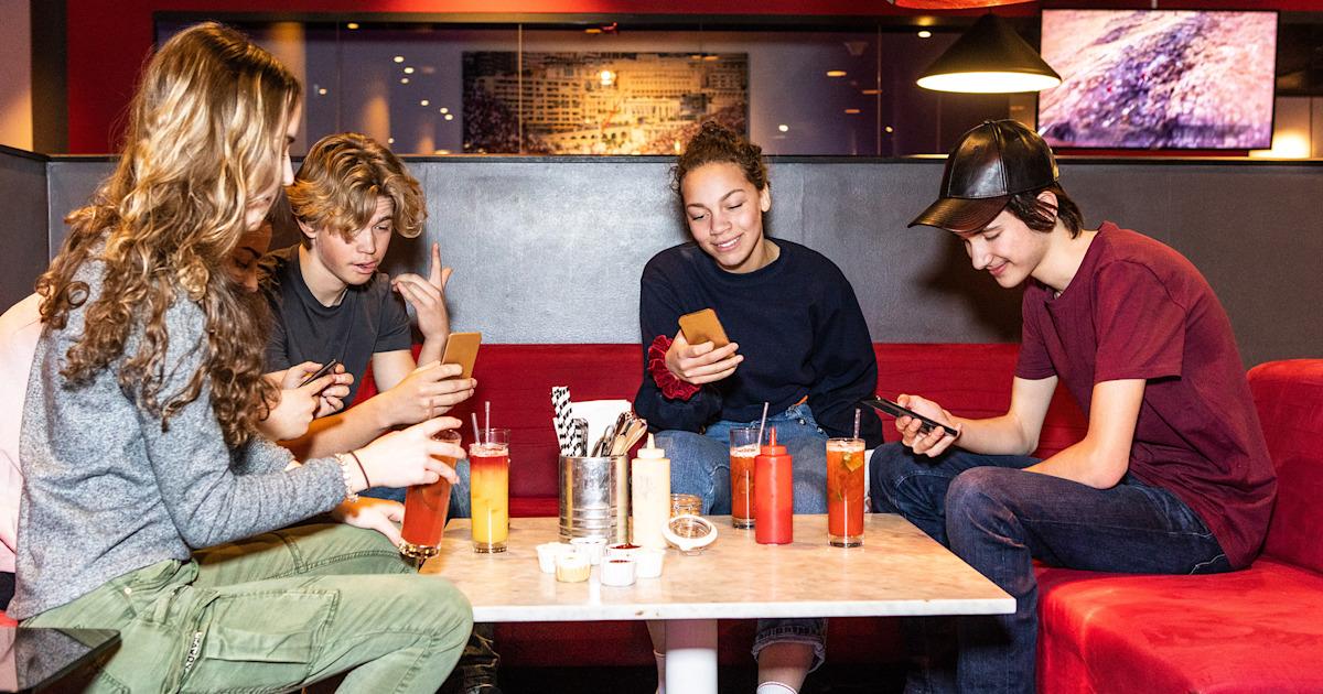 Wisconsin restaurant bans destructive middle-schoolers