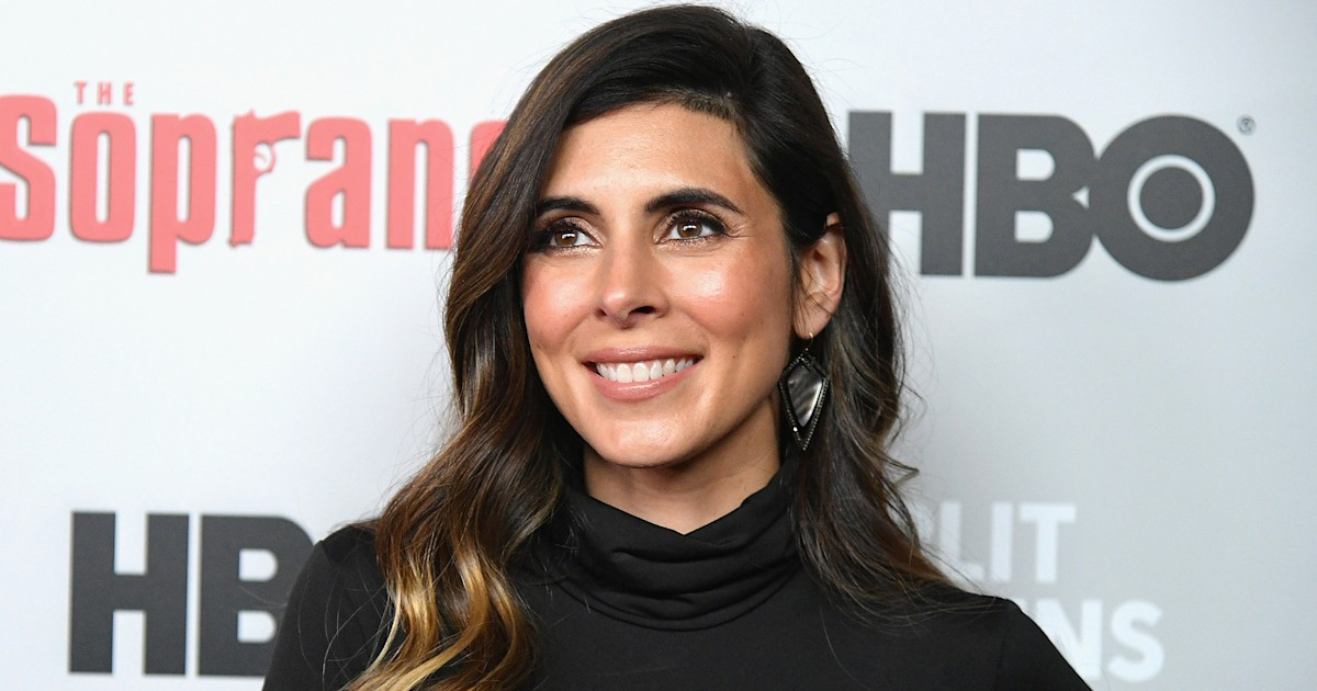 Jamie-Lynn Sigler on postpartum training: 'I have MS and I am still strong'