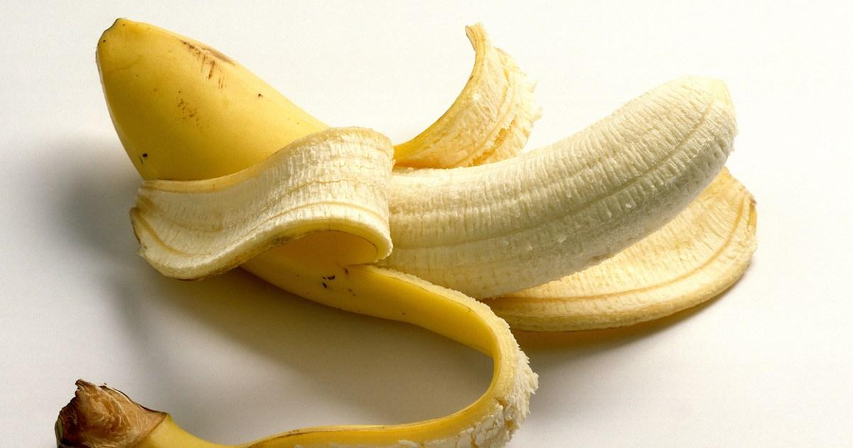 Are banana peels edible? 4 fruits you should be eating ...
