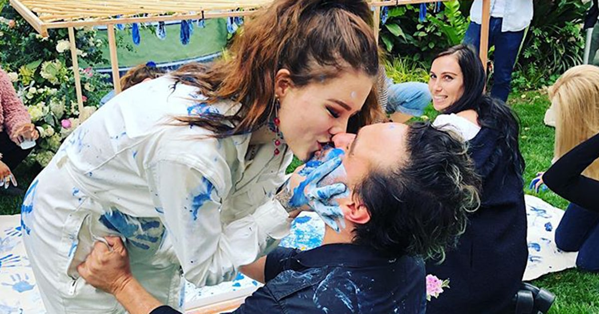 'Big Bang Theory' star Johnny Galecki is having a baby boy