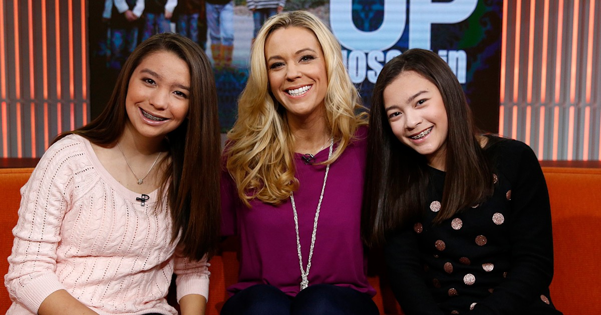 Kate Gosselin is 'beaming with pride' as twin daughters graduate from high school