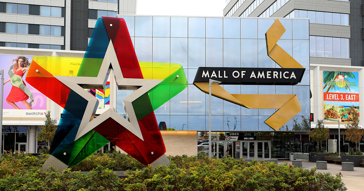 Boy thrown from Mall of America balcony enduring 'serious complications'