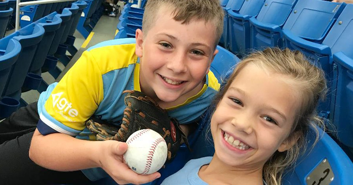'Big Brother of the Year' gives sister foul baseball in sweet moment