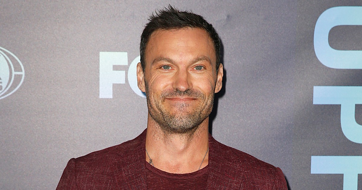 Brian Austin Green's oldest son visits him on '90210' set — see the pic