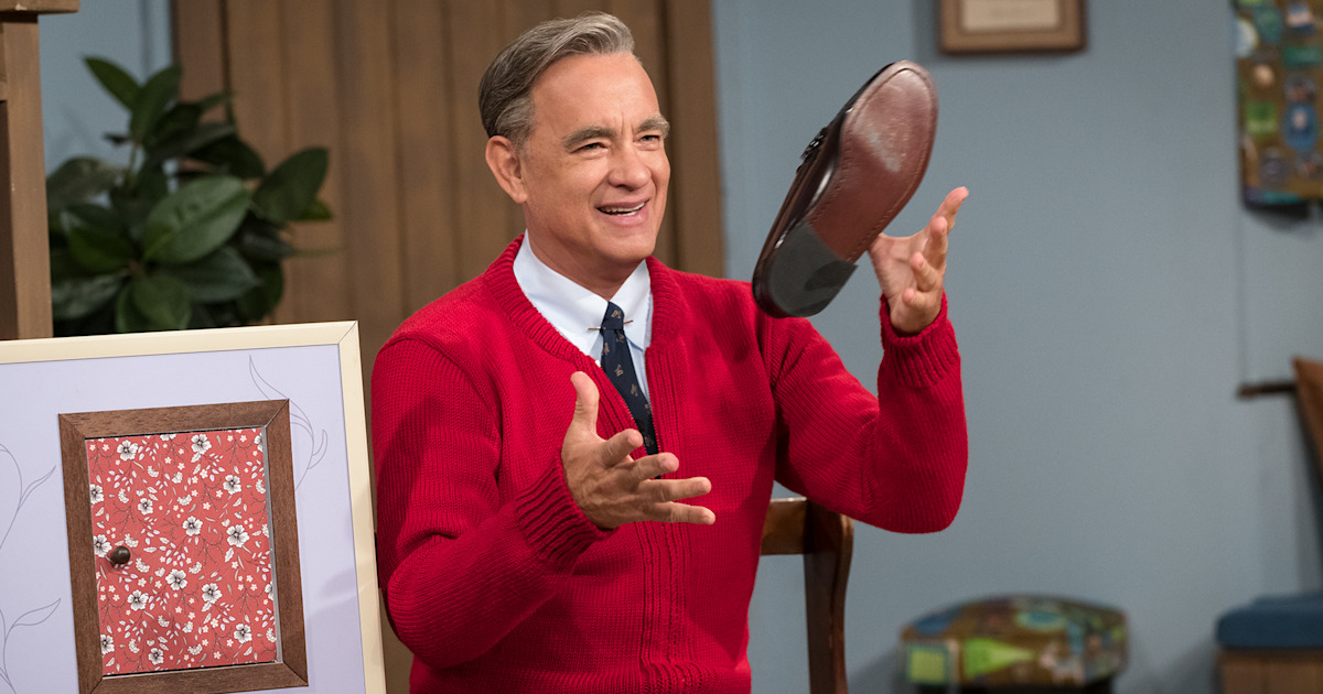 See Tom Hanks as Mister Rogers in 'A Beautiful Day in the Neighborhood' trailer