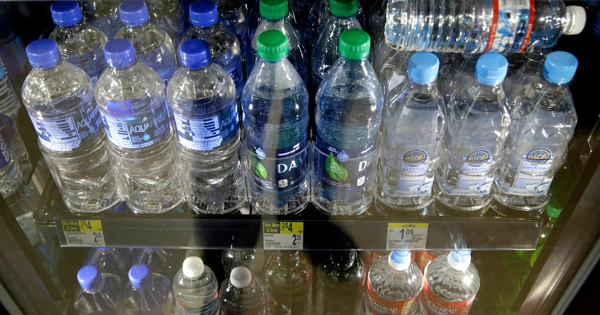 San Francisco airport will soon ban plastic water bottles — what all