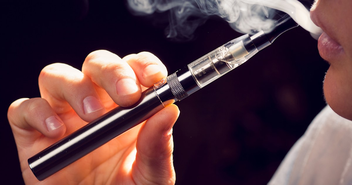 Vaping hospitalizations: More cases of lung damage reported