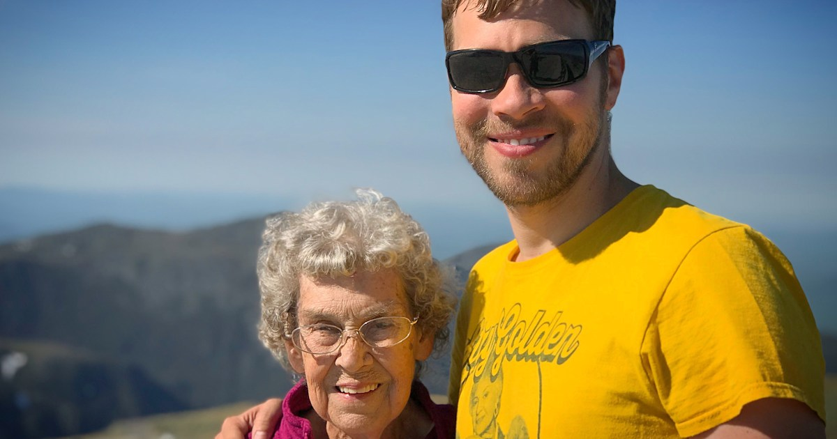 Meet the grandson taking his 89-year-old grandmother to all 61 national parks