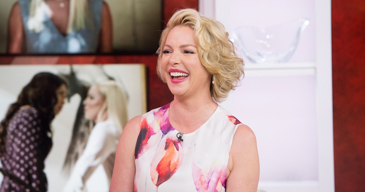 Watch Katherine Heigl sing 'embarrassing' back-to-school cheer for daughters