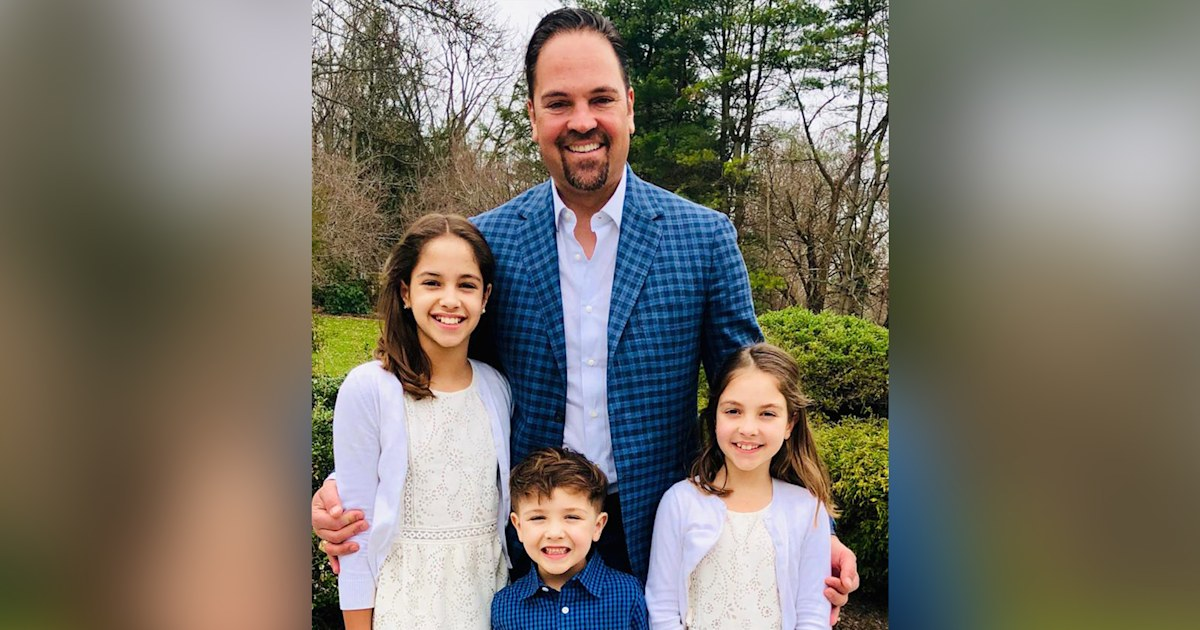 Mike Piazza on fatherhood, baseball, secret to happiness