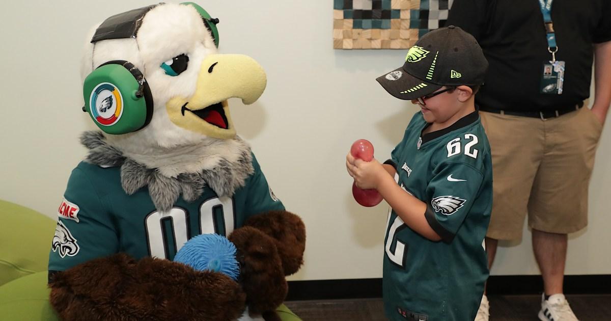 Philadelphia Eagles' 'sensory room' helps people with autism